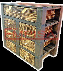 Mueble formado con palets de madera